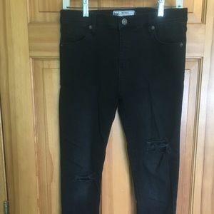 Free People Size 27 Black Ripped Skinny Jeans